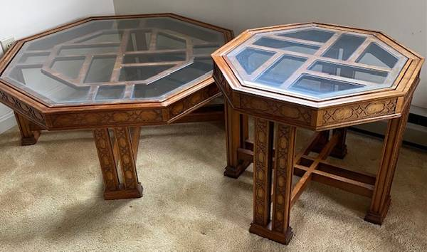 Photo Asian Style Glass Top Coffee Table  End Table Make An Offer - $150 (DC Metro  Surrounding Areas)
