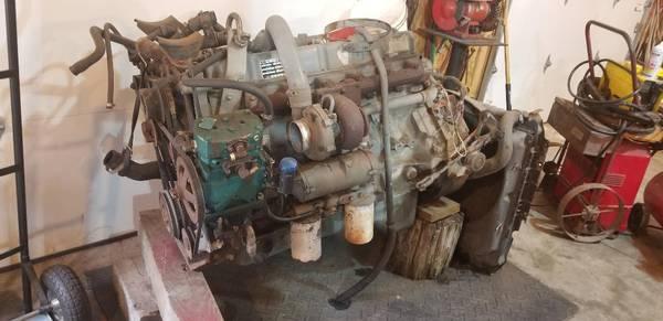 Photo FORD 6.6 diesel ENGINE - $2,000 (Berkeley Springs)