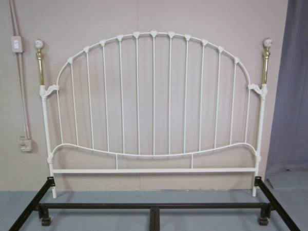 Photo Ivory and brass king size headboard and bed frame - $135 (Hagerstown)