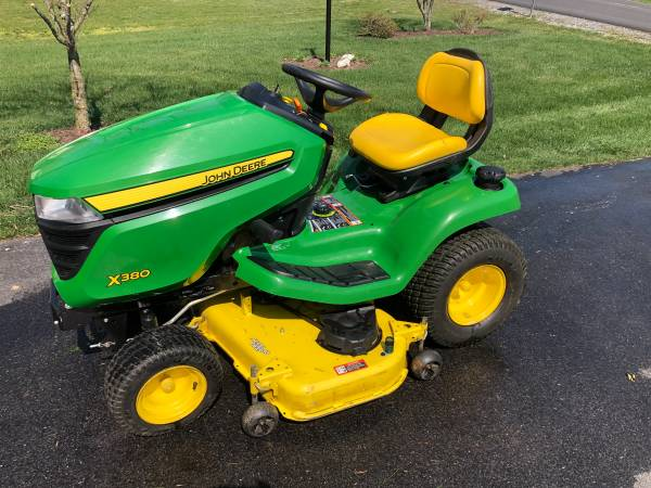 Photo John Deere X380 for sale. Only 130 Hours - $3,400 (Martinsburg, WV)