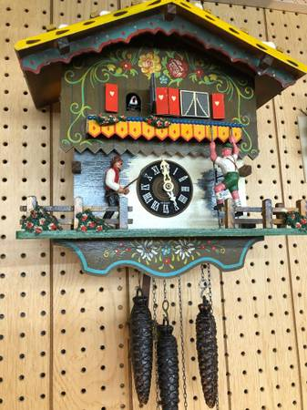 Photo Large music box Cuckoo clock - $300 (Hagerstown, MD)