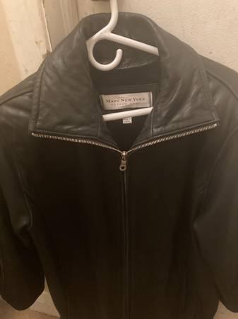 Photo Marc New York Andrew Marc Womens Leather Jacket - $25 (Ellicott city)