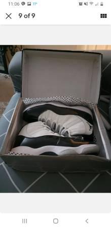 Photo New Jordan retro 11 concord - $375 (Harpers Ferry wv)