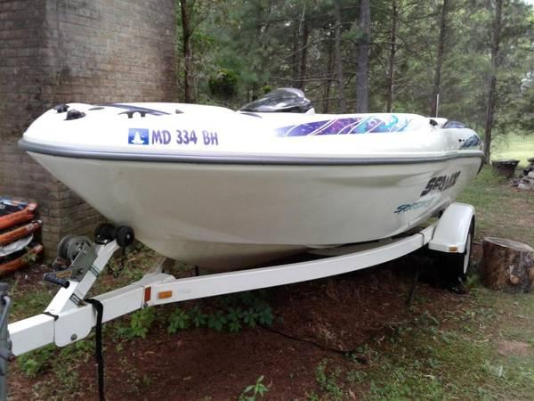 Photo Sea-Doo Sportster 1800 Jet boat - It39s Summer Now  - $8,250 (Sterling VA)