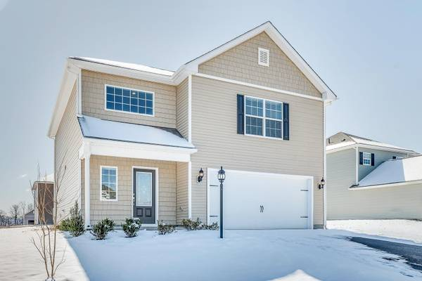 Photo The Perfect Home To Be Snowed In Cozy, 3 Bedroom Home. Let It Snow