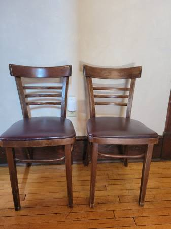 Photo Used Restaurant Chairs - $450 (Berkeley Springs)