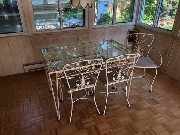 Photo Wrought iron glass-top table (KENSINGTON)
