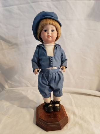 Photo Collector doll Porcelain Paris made numbered Pixie Playmates Little Boy in Blue - $50 (Saint Ansgar)