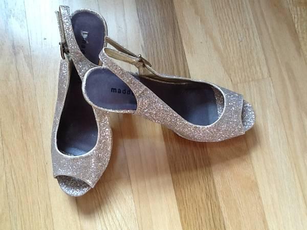 Photo Madden Girl Size 7 12 Gold Glitter Heals - $25 (Slater)
