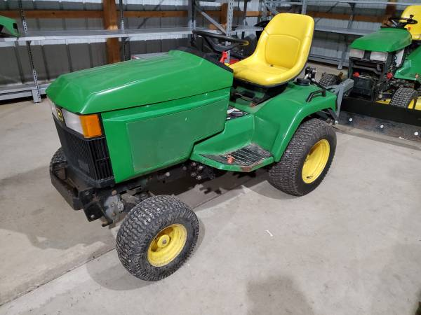 Photo Parting out John Deere 425 garden tractor wPTO and 3pt