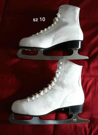 Photo Women39s Ice Skates sz 10 - $15 (Mason City)