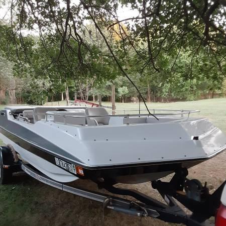Photo 1988 Hurricane Deck Boat - $3,000 (Spfld)