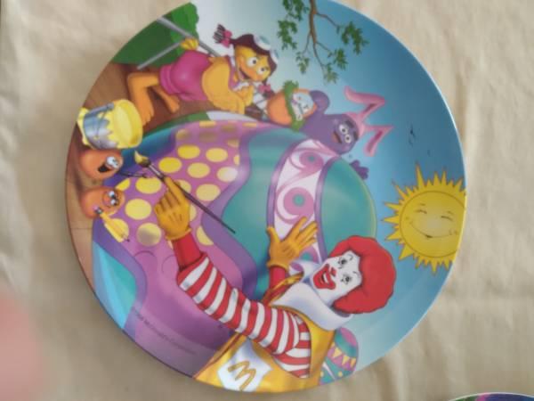 Photo 1998 McDonalds Holiday plates - $16 (Effingham)