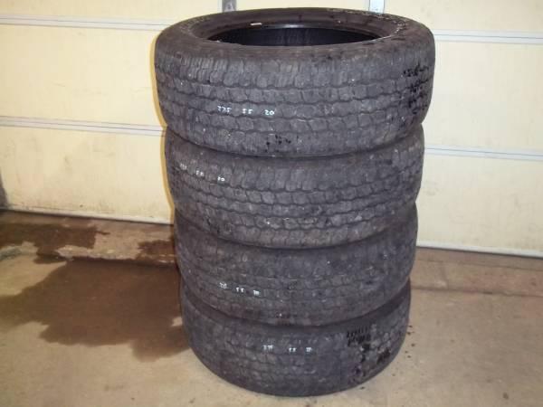 Photo 27555R20 Goodyear Wrangler Adventure AT Tires wKevlar - $280 (Effingham)
