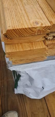 Photo 2 x 8 x 22 1 yellow pine center match barn lumber. - $12 (Nashville)
