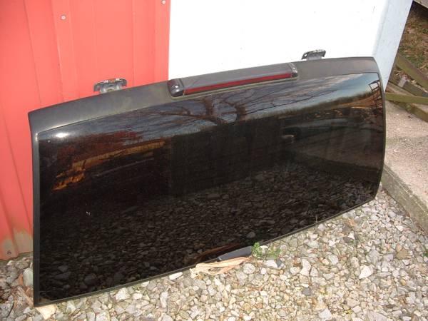 Photo Chevy S10 Blazer Rear Hatch Glass - $40 (Newton IL)
