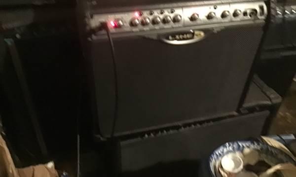 Photo Line 6 spider ii 75 watt 112 combo guitar  - $125 (Bloomington)