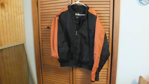 Photo Mens Harley like windbreaker Jacket - $20 (bloomington)