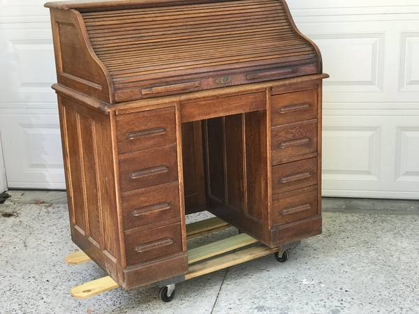 Photo Oak Roll Top Desk - $795 (Neoga)