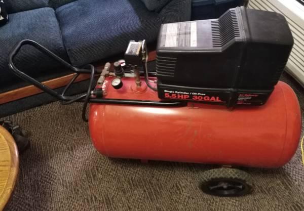 Photo Tools Sears Craftsman air compressor, blower, Dewalt sawzall, trade - $30 (Bloomfield, IN)