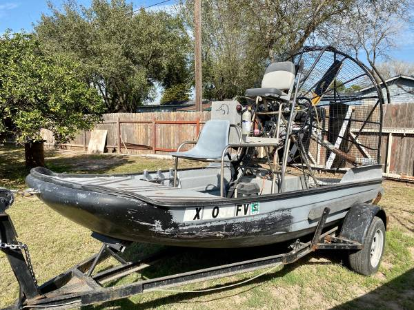 Photo 1984 Tomcat Airboat - $4800 (Mcallen)