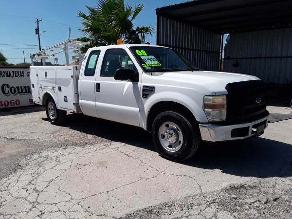 Photo 2008 Ford F250 SuperCab with Utility Bed - $8,900 (Roma Tx)
