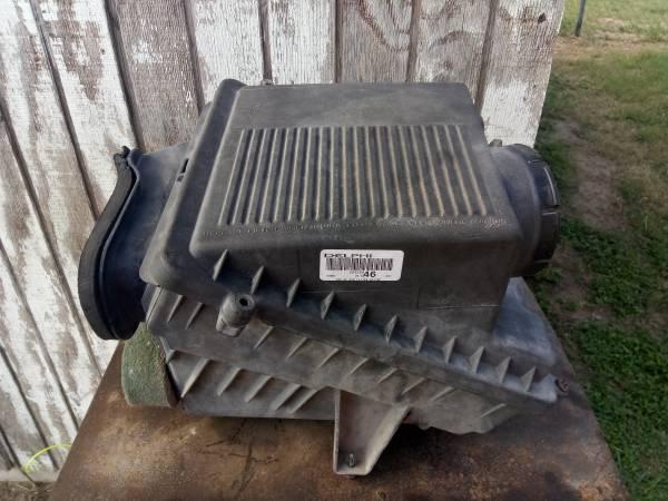 Photo Air box 9906 chevy silverado gmc sierra - $20 (Weslaco)
