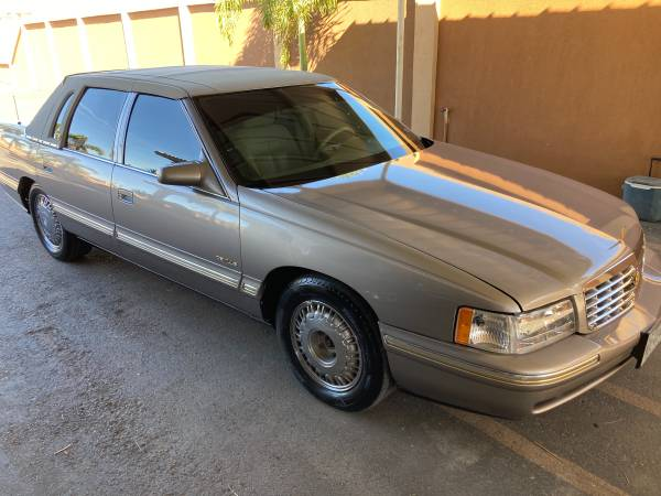 Photo Cadillac dibild - $3,200 (Mission tx)