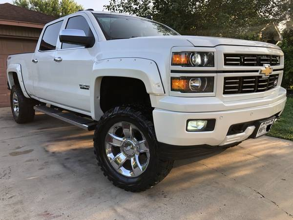 Photo Chevy Silverado Ltz Z71 4x4 Nitto Mud Tires - $20,995 (Brownsville , Tx)