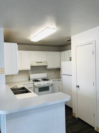 Photo Lovely 3 Bedroom Apartment Waiting for You to Make it Home (South Pharr)