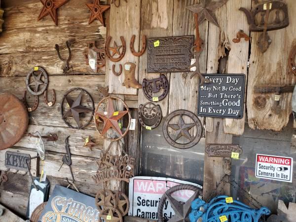 Photo Metal Art and handmade Rustic Furniture - $1,111 (N 281 Edinburg)