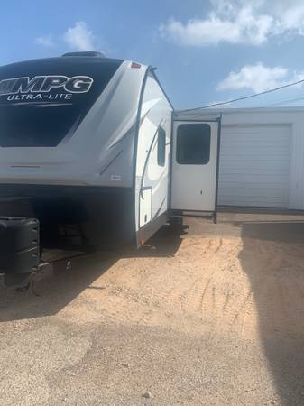 Photo Mpg 27 ft bunk - $18500 (Donna)