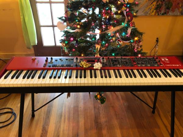 Photo Nord Stage 3 Keyboard Piano, Stand, Case, Pedal - $2900 (McAllen)