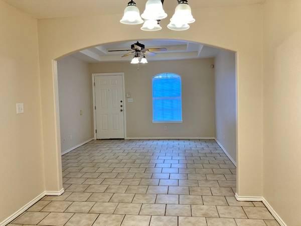 Photo Very Nice Clean Apartment For Rent (edinburg tx)