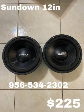 Photo sundown audio subwoofers 12in - $225 (ALAMO)