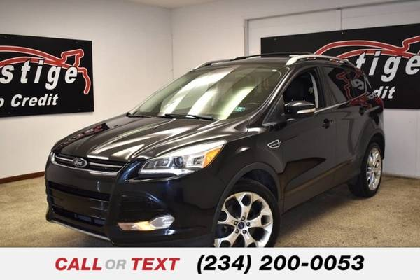 Photo 2013 Ford Escape Titanium - $11,422 (1501 Vernon Odom Blvd Akron, OH 44320)