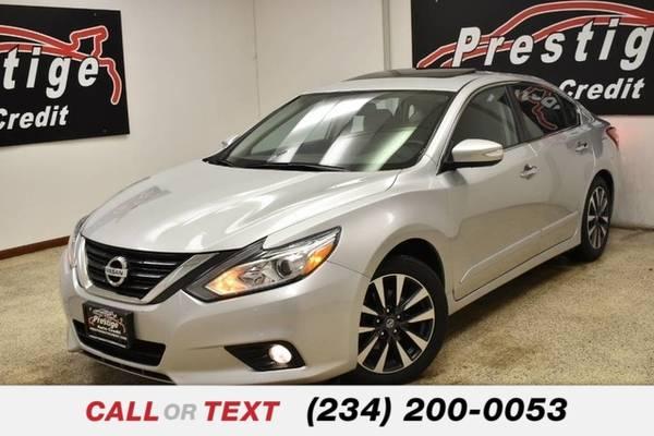 Photo 2016 Nissan Altima 2.5 SR - $12,851 (1501 Vernon Odom Blvd Akron, OH 44320)
