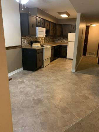 Photo 2 Bed room For Rent (Woodland Heights)