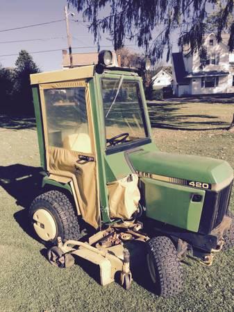 Photo 420 John Deere garden tractor - $2,750 (Cochranton)
