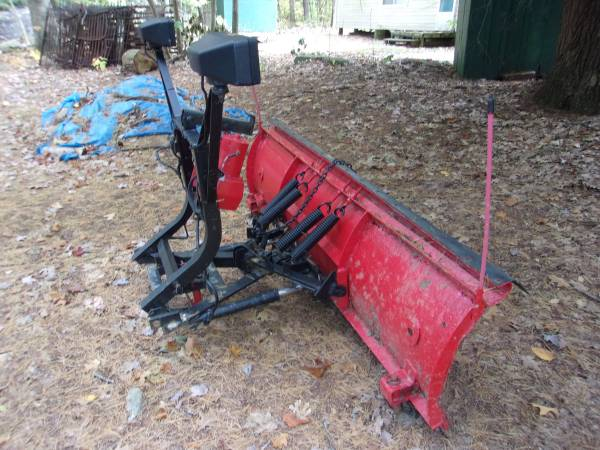 Photo 7.6 Western Snow Plow - $300 (Tidioute)