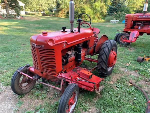 Photo Farmall A with 5 foot mower - $1,350 (Fenelton)