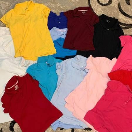 Photo Girls school uniform shirts - $3 (Lorain)
