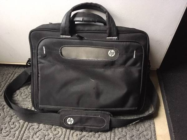 Photo HP Computer Bag and NEW Tote Lined Bag - $8 (Cleveland - East and West Side)