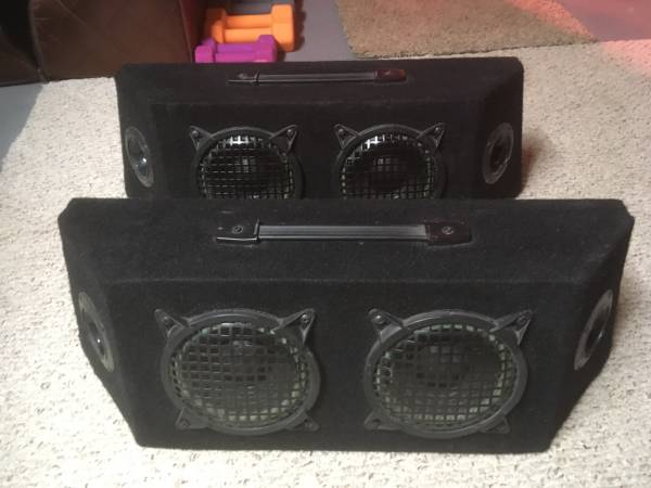 Photo Road Master RTS 3000 Box Speaker System - $50 (Linesville)