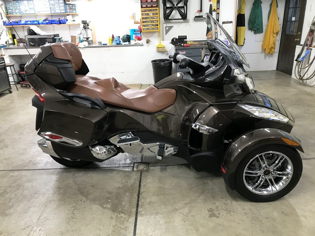 Photo 2012 Can-Am SPYDER RT LIMITED SE5 $12500