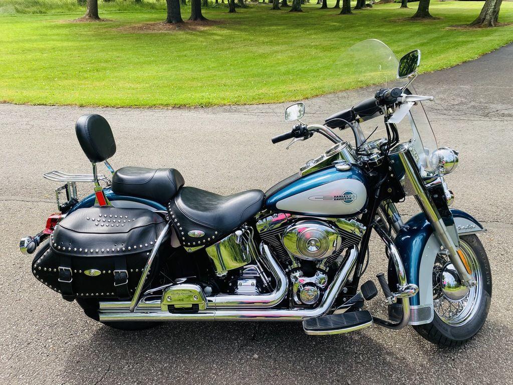 Photo Used 2004 Harley-Davidson Cruiser Motorcycle  $7495
