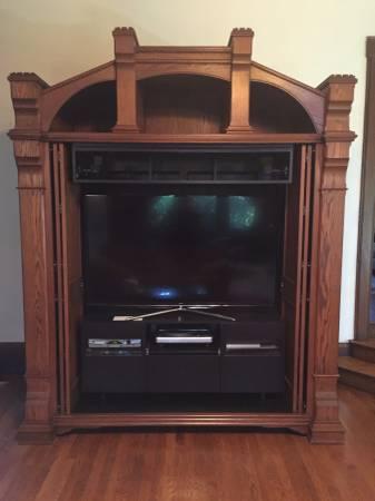 Photo custom-built TV entertainment armoire- Substantial and Massive - $5,900 (Chardon)