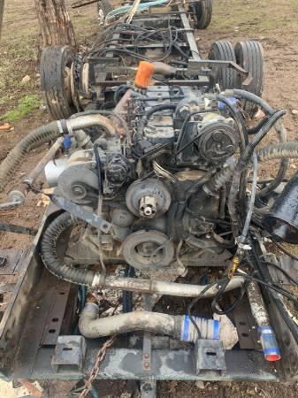 Photo 12 valve Cummins engine with Transmission - $4,000 (Shady cove, Oregon)