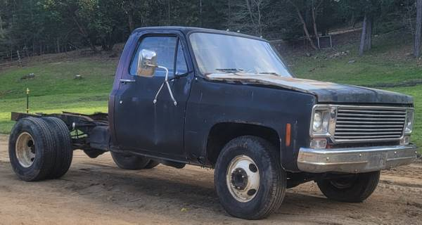 Photo 1977 Chevy PartsProject - $1,500 (WimerRogue River)