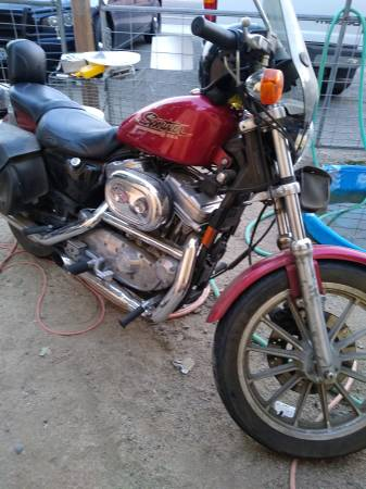 Photo 1998 Harley Davidson Sportster - $3,200 (White City)